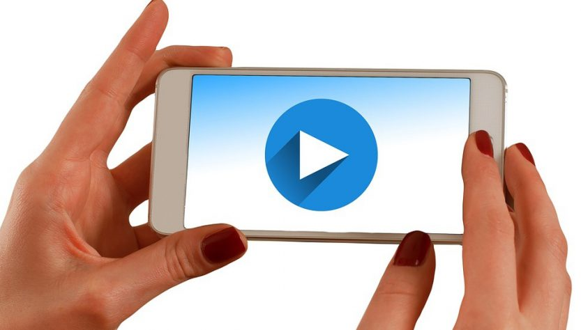 Smartphone video 833x474 - Mobile Video Streaming and Sharing — What Is Its Future?