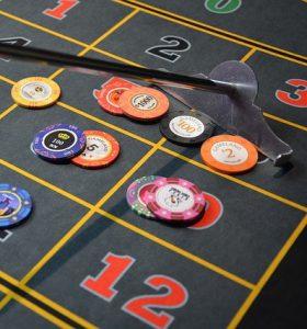 poker 280x300 - poker