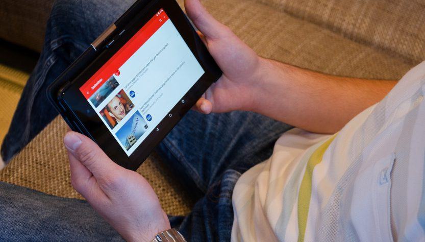 Tablet 833x474 - 5 Basic Types Of Multimedia